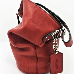 Like New authentic COACH bucket bag